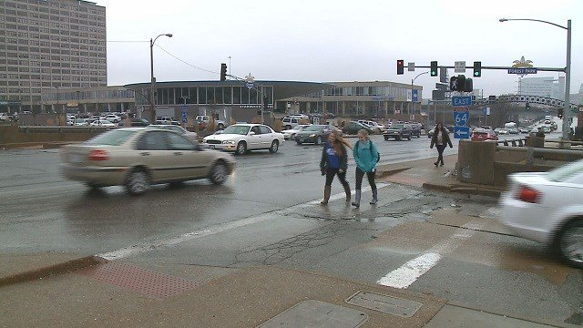 Intersection of Grand Boulevard and Forest Park Avenue (Credit: KMOV)