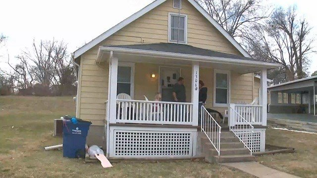 Festus home invaded by 2 men with children inside (Credit: KMOV)