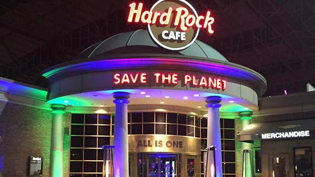 Outside of the Hard Rock Cafe at Union Station (Credit: Hard Rock Cafe St. Louis / Facebook)