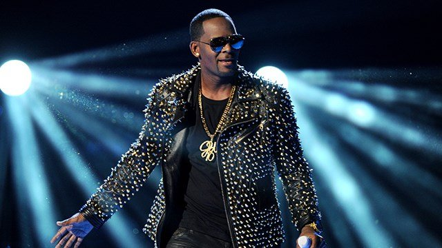 R. Kelly performs at the BET Awards at the Nokia Theatre on Sunday, June 30, 2013, in Los Angeles. (Photo by Frank Micelotta/Invision/AP)