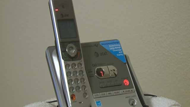 A telephone (Credit: KMOV)